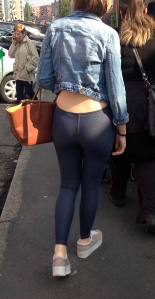 ragazze culi jeans leggings